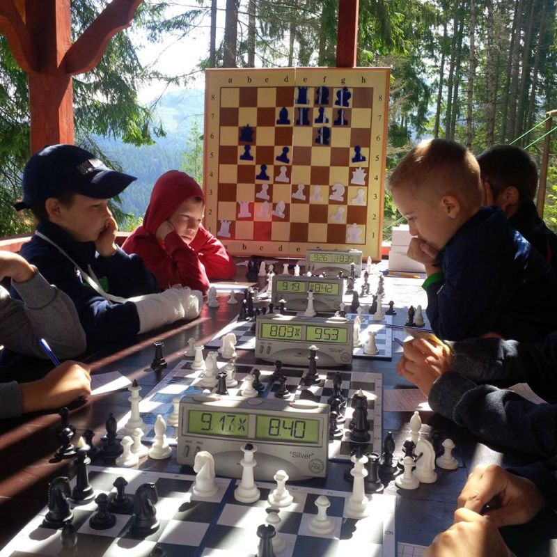 Students of the club in the chess league in the Carpathians.